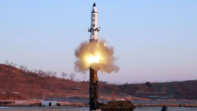 Tin tức tình hình Biển Đông 01-12-2017: Bắn tên lửa khủng sau hai tháng im lặng, Triều Tiên cân não cả Trung Quốc và Mỹ