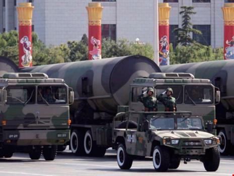 Báo Trung Quốc hung hăng đòi tăng vũ khí hạt nhân