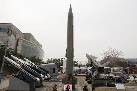 Báo nước ngoài nói về tên lửa bắn xa nhất Việt Nam