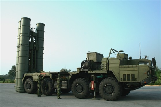 Hình ảnh S – 300 chưa từng công bố tại đoàn tên lửa 64