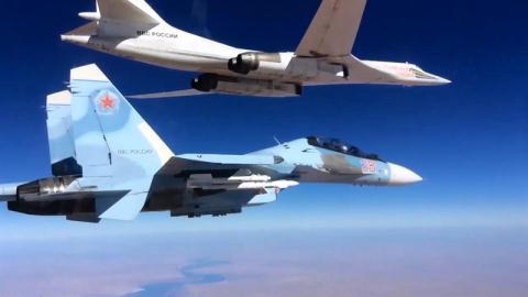 tiem kich su-30sm ho tong tu-160 khong kich khung bo tai syria.