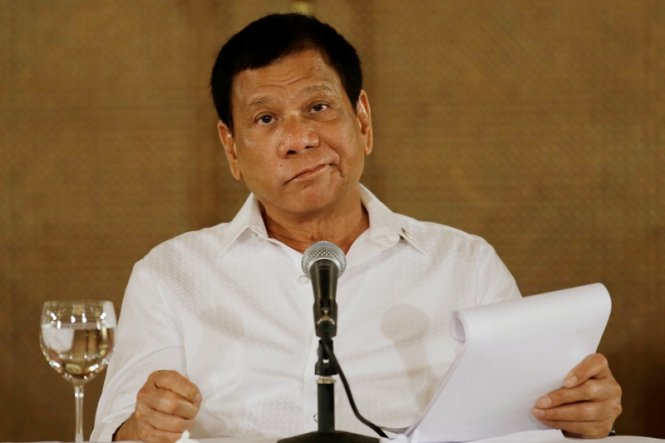 Nội bộ Philippines bất nhất trước Trung Quốc