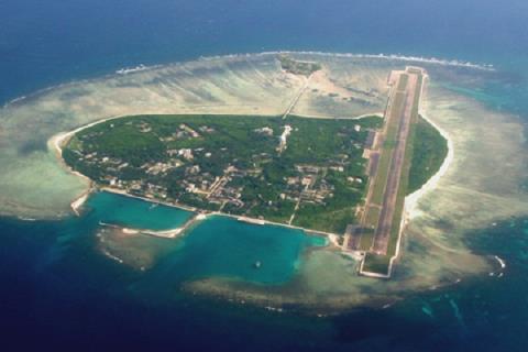 Trung Quốc xây đài quan sát dưới Biển Đông: Trò ngụy trang