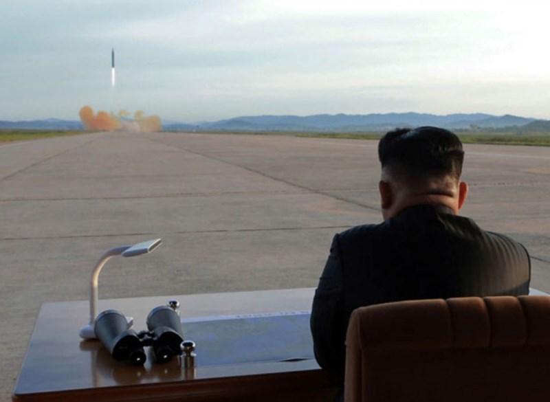 Hàn Quốc nói Triều Tiên sắp hoàn thành ICBM - ảnh 1