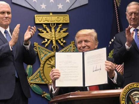 Tổng thống Mỹ: Ông Trump với phép thử 'kiểm soát và cân bằng'