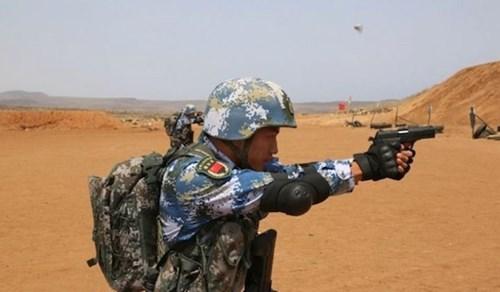 binh si trung quoc dang huan luyen tai can cu quan su o djibouti (anh: ap)