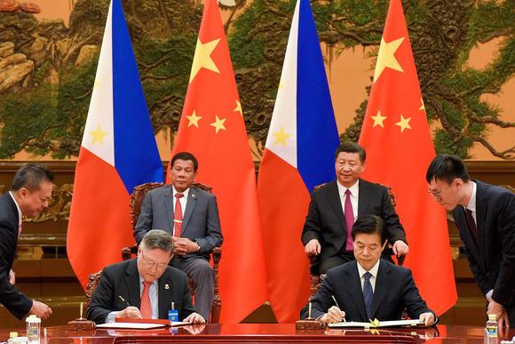 Trung Quốc, Philippines bàn riêng về Biển Đông vào ngày mai