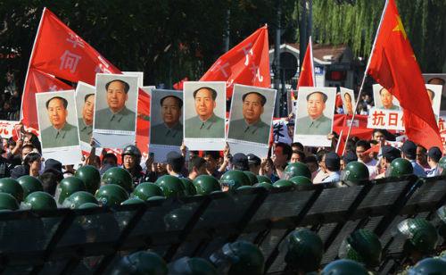 Bắc Kinh đang đối mặt với thách thức và bất ổn