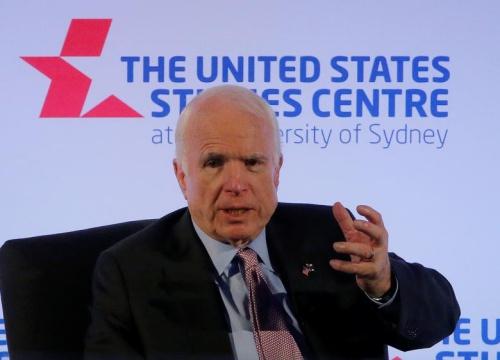 Nghị sĩ John McCain: Trung Quốc hành xử như kẻ bắt nạt ở Biển Đông