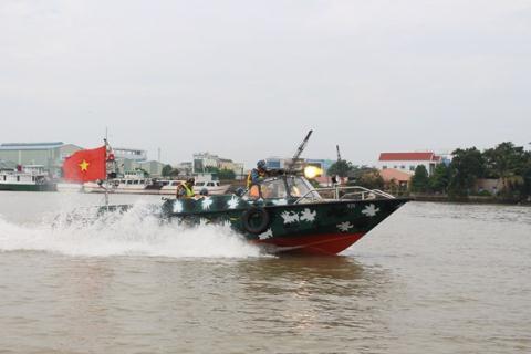 Việt Nam thử thành công vũ khí trên xuồng cao tốc