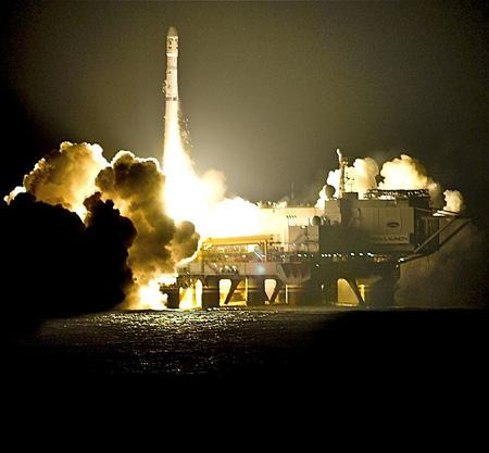 Phóng tên lửa Zenit 3SL từ bệ phóng Ocean Odyssey