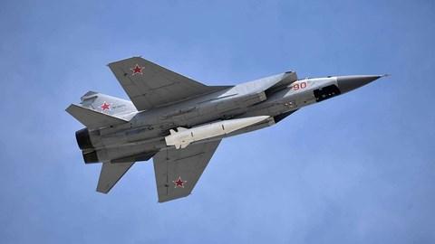 TT Putin hé lộ vũ khí Nga mới: Laser, tên lửa siêu thanh và 'còn hơn thế'