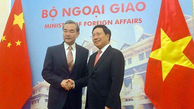 Tin tức tình hình Biển Đông  05-11-2017: Trung Quốc thông báo đã giải quyết hòa bình chuyện Biển Đông với Việt Nam