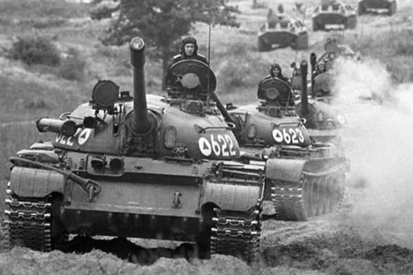 """Xe tăng Việt Nam """"lên đời'' cùng vũ khí hủy diệt thế hệ mới của Nga"""